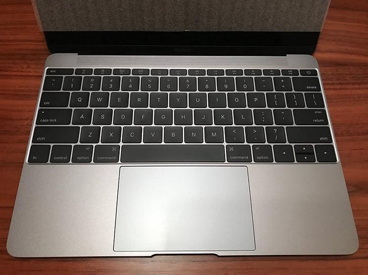 キーボード修理プログラム から返ってきたMacBook